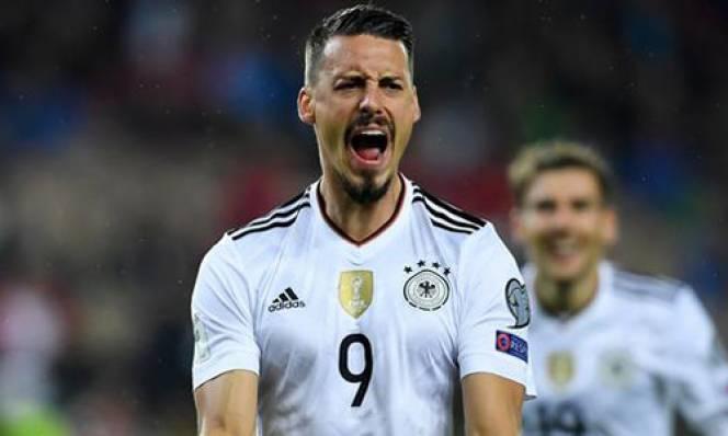 Không được dự World Cup 2018, sao Bayern từ giã ĐT Đức