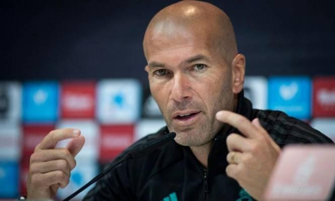 Zidane lấp lửng về tương lai ở Bernabeu
