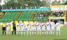 Vì sao HLV U19 Việt Nam bắt các cầu thủ đặt tay lên ngực khi hát quốc ca?