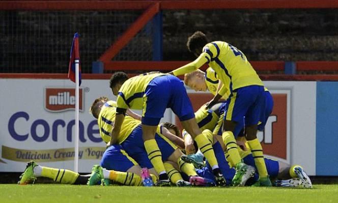 Điểm tin chiều 25/04: U23 Everton trở thành tân vương của Ngoại hạng Anh, Herrera tập trung vào derby Manchester