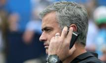 SỐC: Mourinho rủ sao Barca tới MU qua ... điện thoại