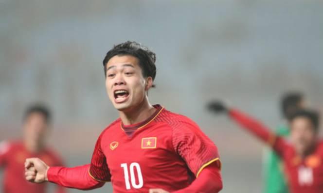 Tuyệt tác U23 Việt Nam: Văn Đức lật bàn đèn đẳng cấp, Công Phượng chói sáng