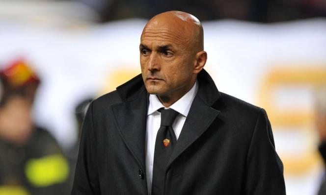 Chống đối tượng đài Totti, HLV Roma chính thức bị