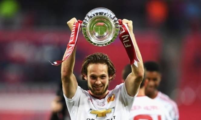 Arsenal ra tay giải cứu 'sao xịt' Man Utd