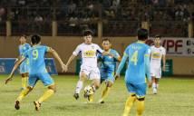 HLV Khánh Hòa: 'Đừng nghĩ cầu thủ HAGL hiền, họ chửi Zarour bằng tiếng Anh đấy'