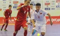 HLV Rodrigo phát biểu sốc: 'Cầu thủ futsal Việt Nam chơi tệ hại. Chạy lanh quanh như gà mất đầu'