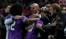 Benzema sắm vai người hùng, Real hòa kịch tính trước Sevilla