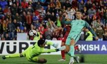 Tại sao Ronaldo phải ngồi dự bị trong trận Andorra 0-2 Bồ Đào Nha?