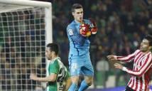 Bilbao quyết 'trói chặt' thủ thành vừa ra mắt ĐT Tây Ban Nha