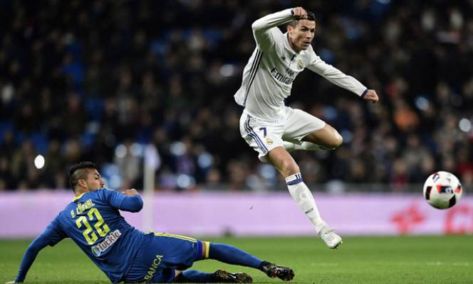 Celta Vigo vs Real Madrid, 03h15 ngày 26/1: Sống trong lo sợ