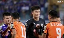 Thủng lưới 2 bàn ngay trận ra mắt, Bùi Tiến Dũng vẫn sở hữu pha cứu thua lọt top xuất sắc nhất vòng 10 V League 2019