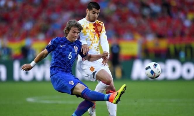 Tây Ban Nha bị chặn đứng hàng loạt kỷ lục sau khi để thua Croatia