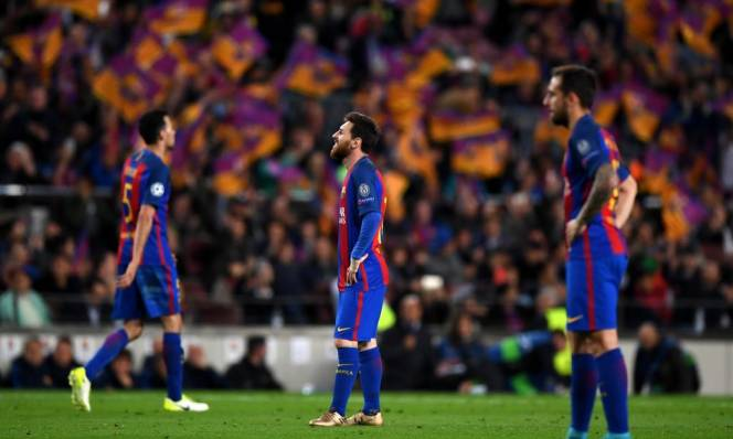 Bị loại khỏi Champions League, Barca mất bộn tiền