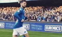 Ăn mừng 'quái dị', sao Napoli bị fan châm chọc