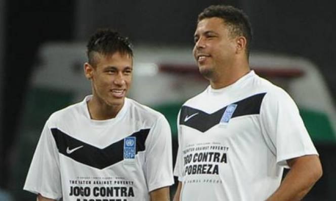 """Nhân vụ Neymar, Ronaldo """"béo"""" đá xéo Barca cạn tình"""