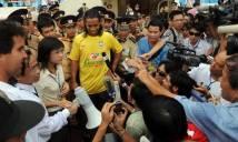 Ronaldinho sẽ trở lại Việt Nam ngay tháng tới