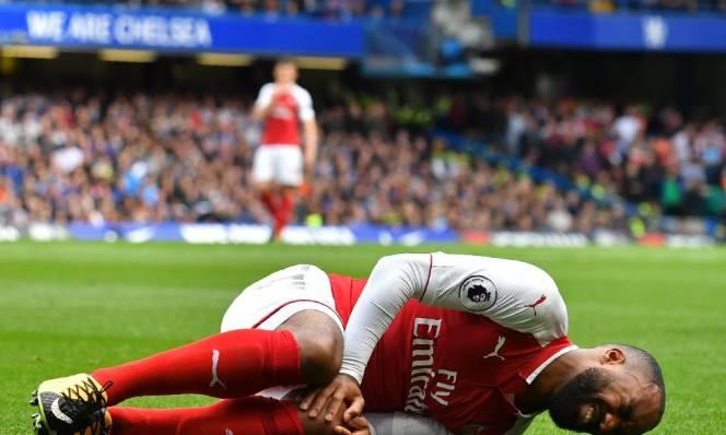 Tin SỐC cho Arsenal: Lacazette chấn thương nặng, nghỉ dài hạn
