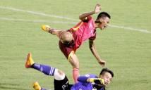 Lại xuất hiện pha bóng rợn tóc gáy tại V-League