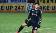 Bắt chính 2 trận để thủng lưới 4 lần, Bùi Tiến Dũng vẫn được HLV Hà Nội bênh chằm chặp