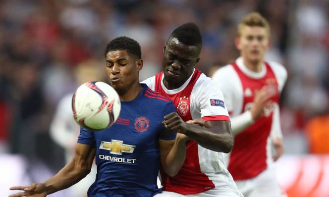 Sao mai Ajax tỏ tình với Barcelona