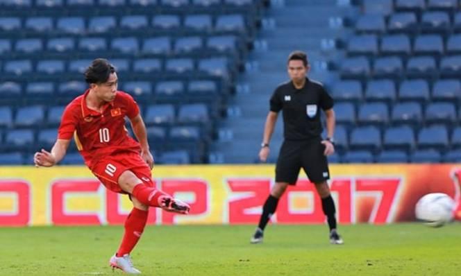 Tin bóng đá Việt Nam tối 13/12: Hé lộ lý do Văn Toàn ngồi ngoài trận thua U23 Uzbekistan