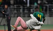 Đám đông làm loạn dưới sân trận giao hữu Senegal gặp Bờ Biển Ngà