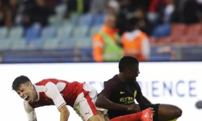 Arsenal đón thêm bệnh binh trước mùa giải