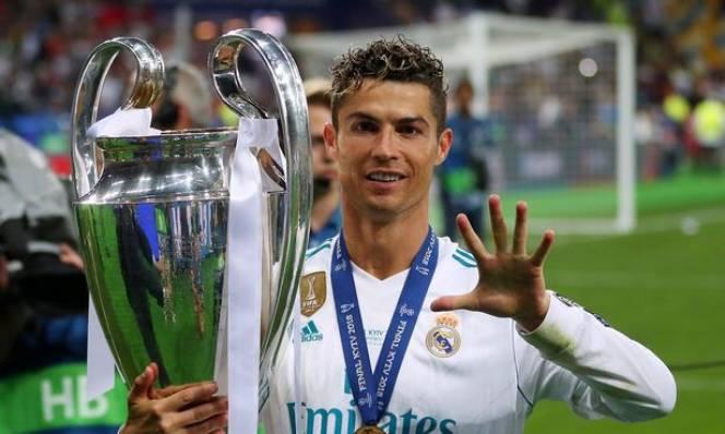 Biết tin Ronaldo đánh tiếng muốn ra đi, đội trưởng Ramos bất ngờ 'nổi nóng'