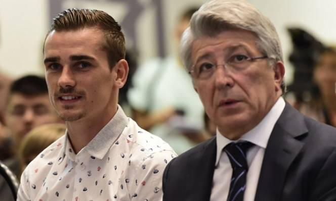 Chủ tịch Atletico 'làm nhục' MU