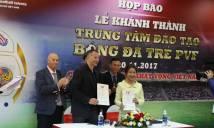 Giggs và Scholes tuyên bố giúp Việt Nam dự World Cup 2030