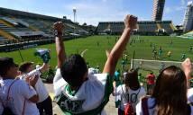 Chapecoense chính thức trở lại thi đấu sau thảm họa máy bay