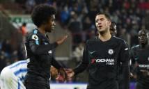 Eden Hazard trao lại giải thưởng Cầu thủ xuất sắc nhất trận cho đồng đội