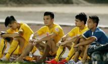 Choáng với số cầu thủ bị treo giò tại vòng 25 V-League 2016