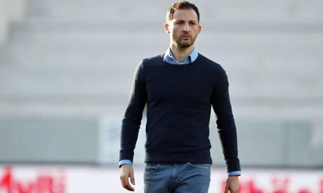 Schalke và Leverkusen cùng ra mắt HLV trưởng