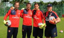 'Lão phu nhân' chính thức hỏi mua thủ môn của Arsenal
