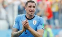 Sao Uruguay khóc nức nở dù trận đấu với Pháp chưa kết thúc