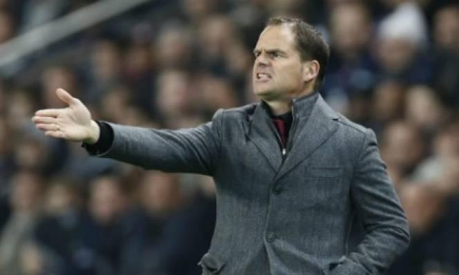 Inter bổ nhiệm Frank de Boer thay Mancini