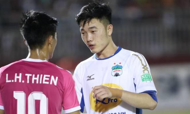 CLB Indonesia nói gì về việc chiêu mộ tiền vệ Lương Xuân Trường?