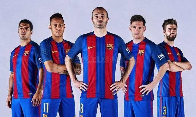 Rò rỉ mẫu áo đấu của Barca mùa giải 2017/2018