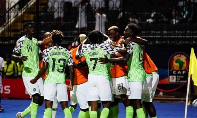 Vất vả vượt qua Guinea, Đại Bàng Xanh Nigeria bước tiếp vào vòng knock- out AFCON