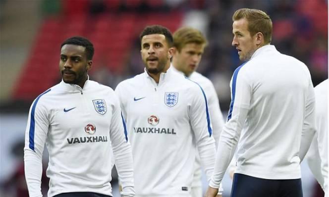Thành Manchester tranh giành bộ đôi Tottenham