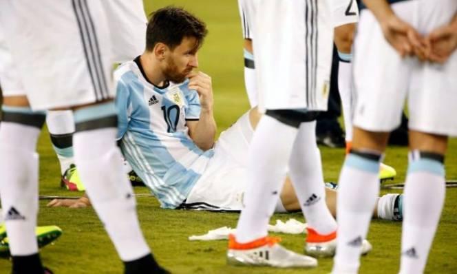 HOT: ĐTQG Argentina có nguy cơ 'tan đàn xẻ nghé'