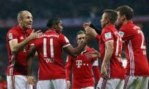 Lewandowski lập cú đúp, Bayern 'bẻ nanh' bầy sói