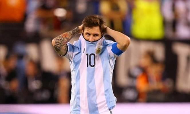 ĐT Argentina quyết kháng cáo án treo giò của Messi