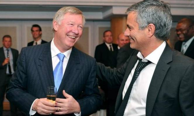 Sir Alex Ferguson: 'MU là CLB dành cho Mourinho'