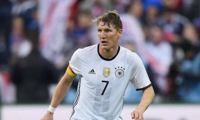 Đội trưởng tuyển Đức lập kỉ lục sau trận thắng Bắc Ireland