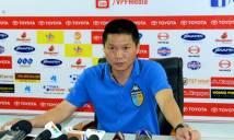 Samson chơi xấu, HLV trưởng Hà Nội FC nói gì?