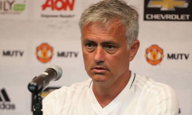 Mourinho quyết phá kỉ lục của Sir Alex tại Champions League