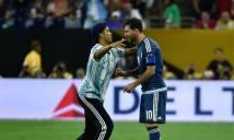 Lionel Messi 'hạ gục' fan bằng sự hào phóng