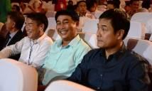 HLV Hoàng Anh Tuấn, Hữu Thắng đến lễ trao giải Quả bóng vàng 2016 làm gì?
